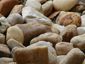 A bed of stones