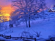 Snowy_Sunset